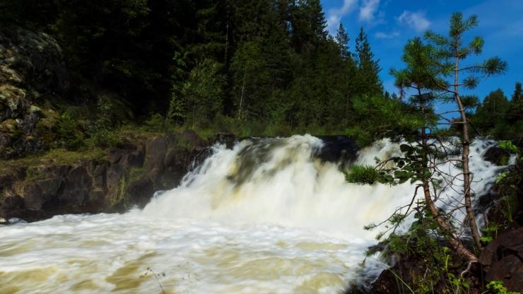 Водопад Кивач. Мощь