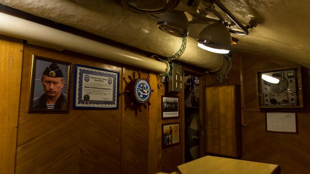Внутри подводной лодки 3