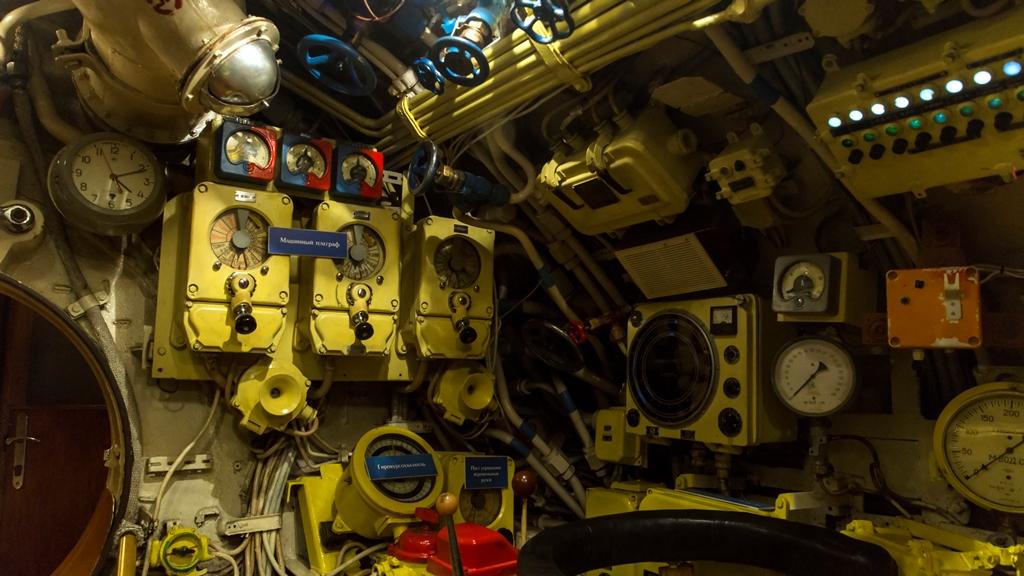 Внутри подводной лодки 4