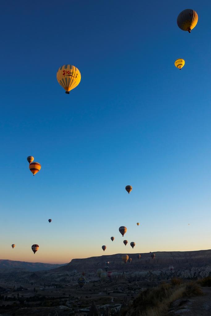 Воздушные шары над Гёреме 1