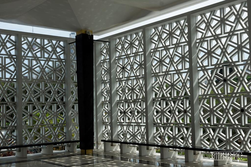 Национальная мечеть 3
