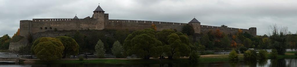 Ивангородская крепость. Панорама