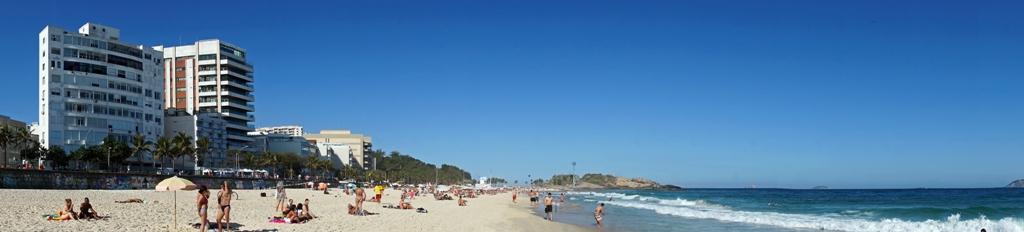 Пляж в Рио 1. Панорама