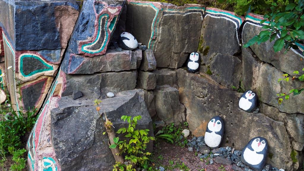 Сортавала. Каменные пингвины