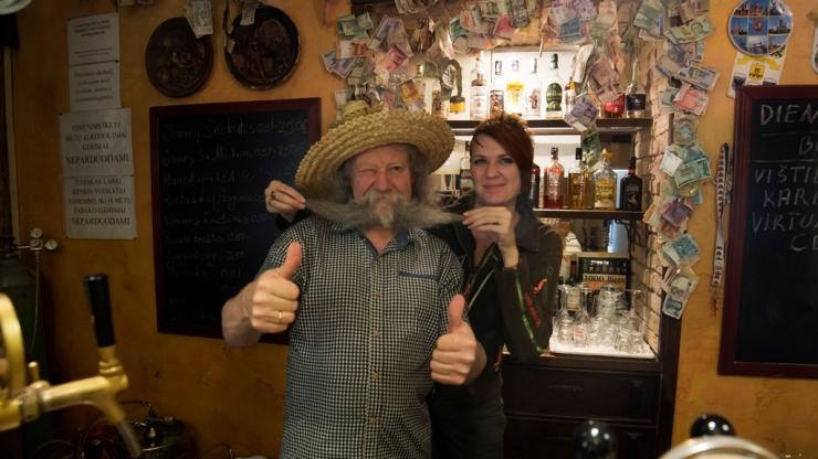 С хозяином сети кафе Šnekutis
