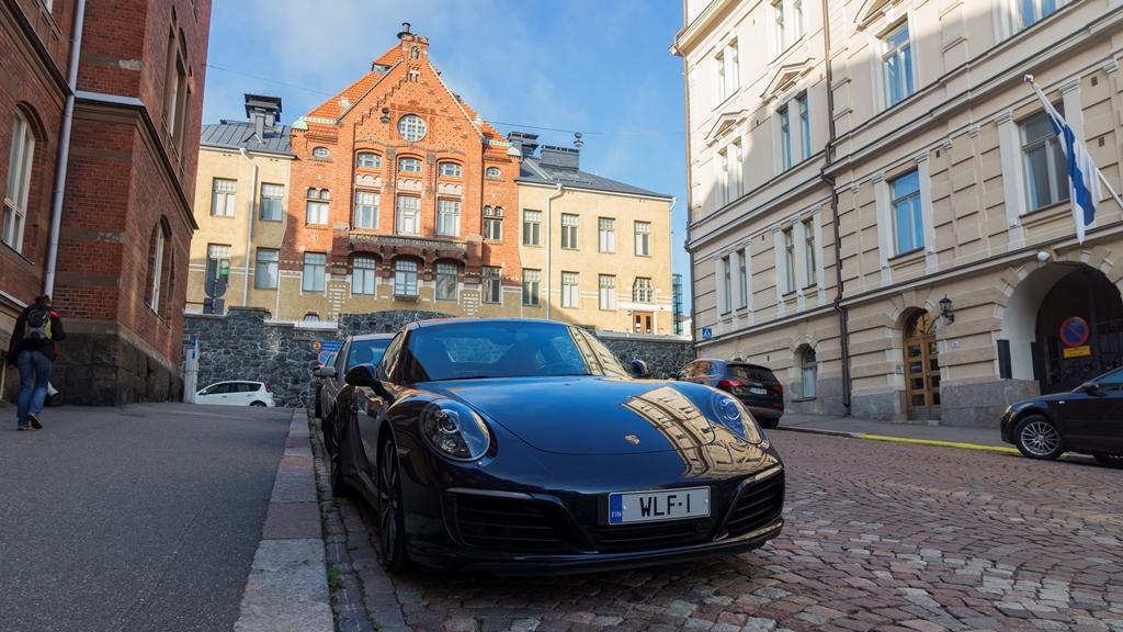 Автомобили Хельсинки