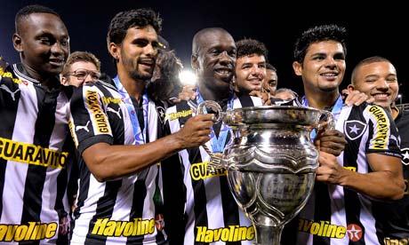 Fluminense v Botafogo - Rio State Championship 2013