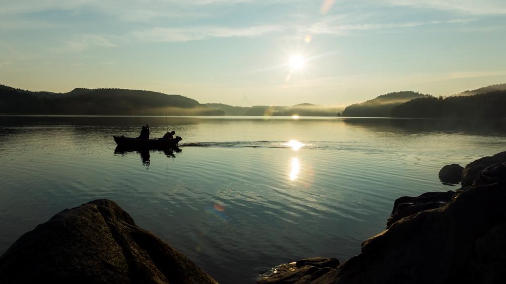 Ладожское-озеро.-Рыбаки