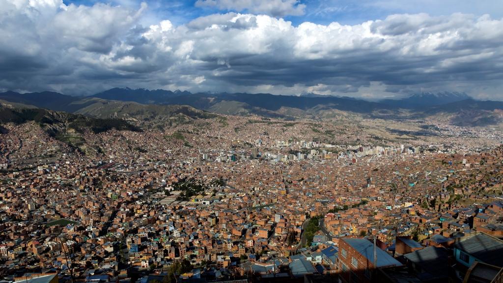 Город-El-Alto.-Вид-на-Ла-Пас