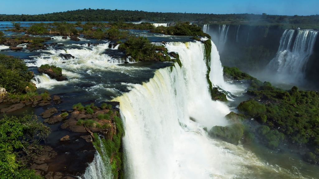 Водопады-Игуасу-1